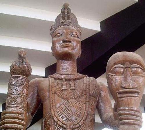 Clay-Statue