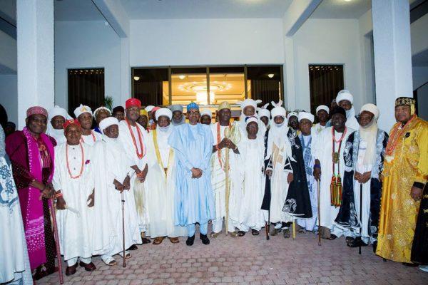 President-Buhari-hosts-traditional-rulers9-600x400